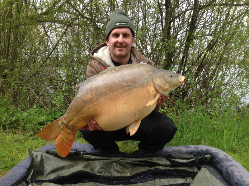 Lee Edwards: 37lb