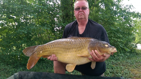Barry Humphrey: 44lb