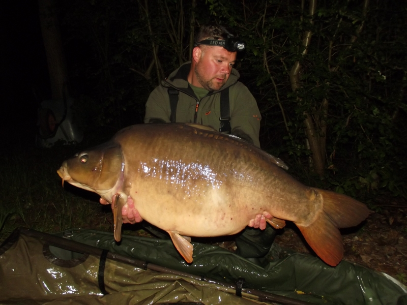 Chris Ellison: 44lb
