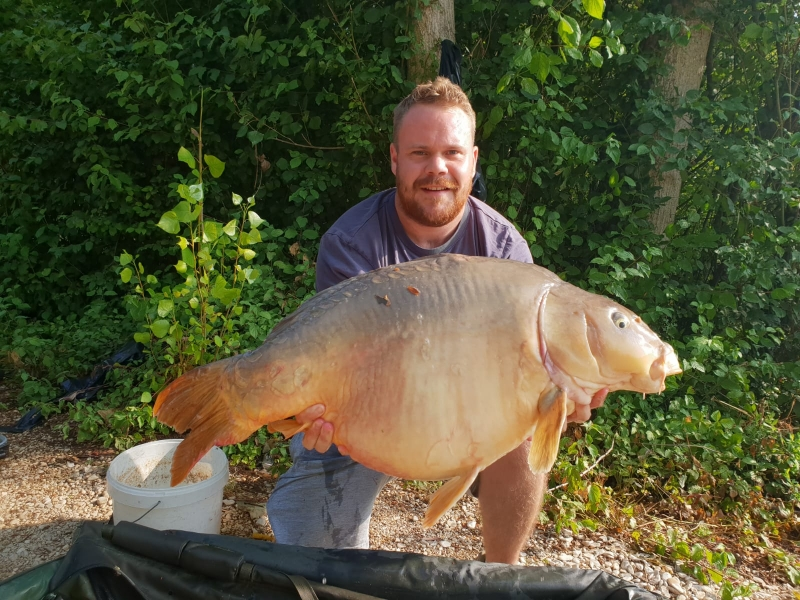 Alex Cogswell 38lb mirror