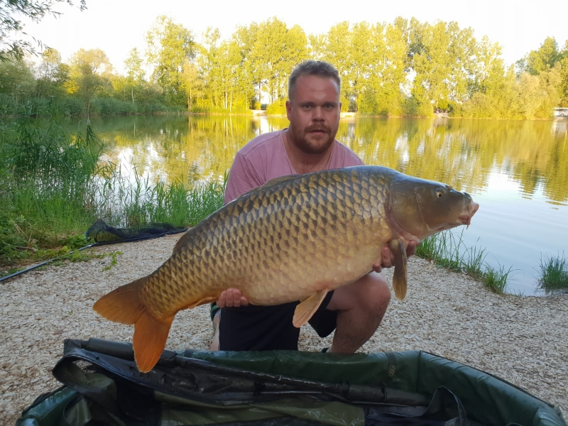 Alex Cogswell 42lb common