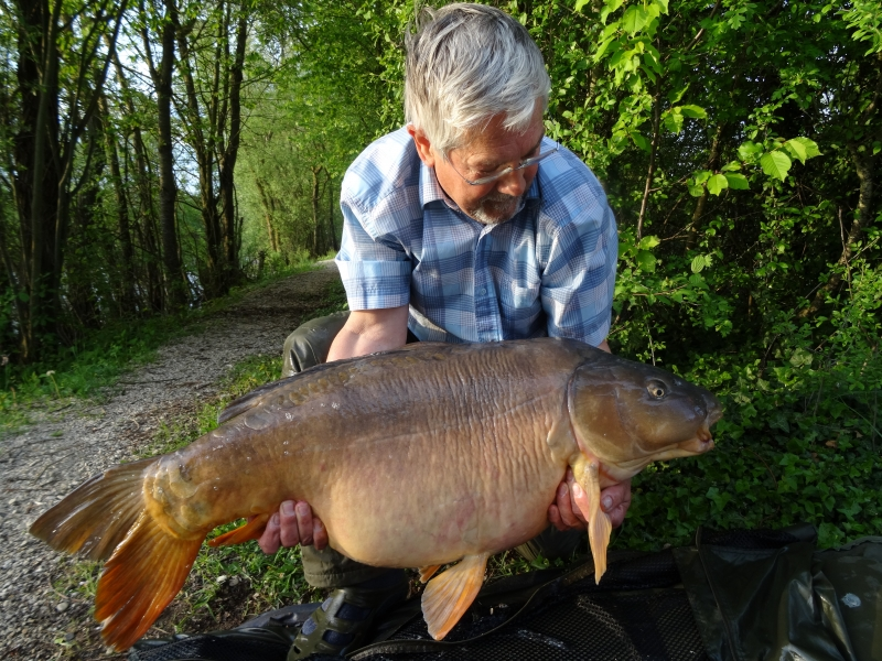 Richard Ellis: 52lb 12oz