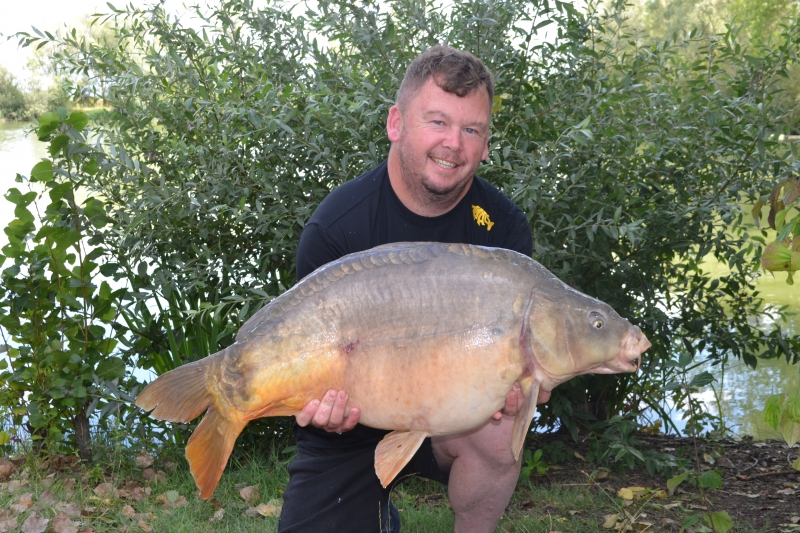 Darren Hitchings: 33lb