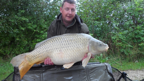 Russle Staines: 53lb