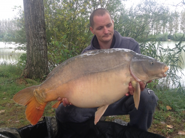 Ashley Burrows: 47lb