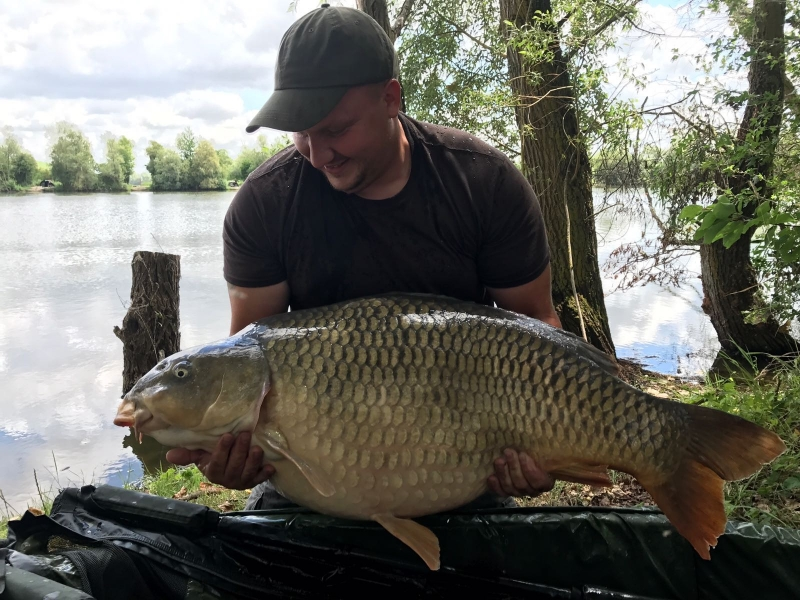 Colin Sadler: 58lb