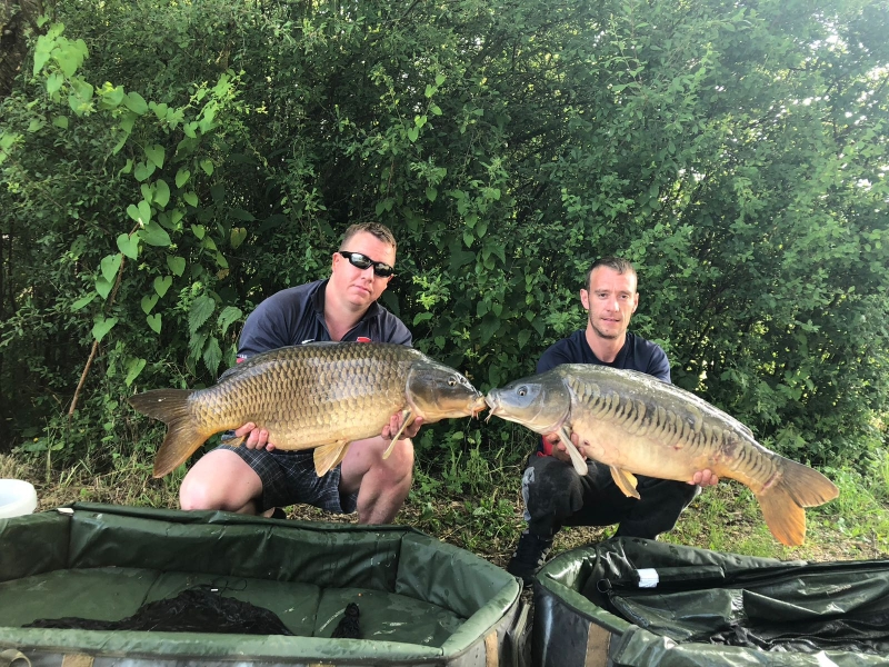 Alan Kinge 34lb and Mark Ellis 32lb