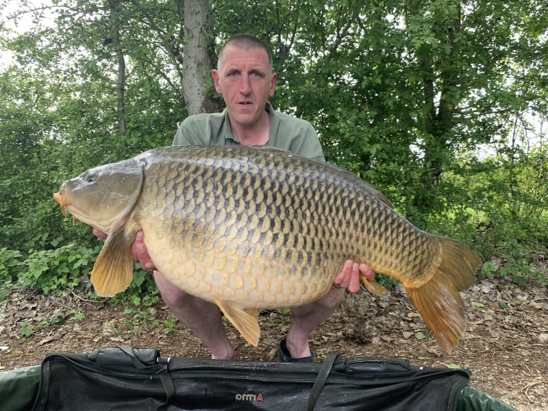 Russell Devey 59lb 10oz