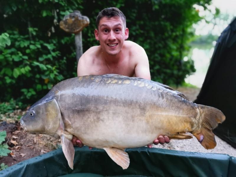 Rhys Plummber-Coles 30lb 4oz mirror